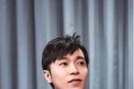 """吴青峰跨年工作""""连轴转"""" 自嘲是""""劳动楷模"""""""
