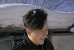 1月10日,韩庚和好友金在中、山下智久合体登上《时尚COSMO》二月刊封面大片释出。兄弟三人前往东北拍摄了这组时尚大片,玩打雪仗、吃糖葫芦、坐炕头吃红薯,画面欢乐。演绎出寒冷冬日,不同风格花美男的时尚穿搭秘籍。
