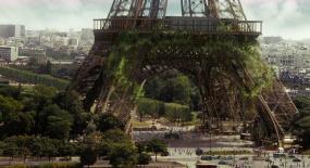 700万恐怖纳米虫吃掉埃菲尔铁塔,10年前的大片,现在仍超震撼!