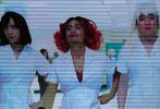 """1月14日晚,电影《唐人街探案3》在京举行发布会,导演陈思诚携主演王宝强、刘昊然、妻夫木聪、托尼贾、铃木保奈美、浅野忠信、肖央、邱泽、张钧甯等集体亮相。几大主创在发布会现场回顾""""唐探""""5年之路,见证了主演王宝强与刘昊然的变化。此番请来诸多演员加盟自己执导的最后一部""""唐人街探案""""电影,陈思诚表示:""""看到这么多优秀演员的精彩表演,由衷敬佩。"""""""