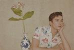 1月15日,吴磊登封《时尚男士》二月刊大片发布。棕红色新发色、半背头发型、碎花衬衫港风滤镜、随处可见的米老鼠元素,多种元素演绎出时尚又不失童真的复古风写真。吴磊深刻的五官和新发色碰撞出一副混血王子的既视感。