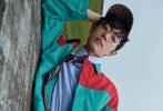 1月17日,肖战携手法籍华裔超模陈瑜登封《Vogue Me》二月刊内页大片发布。
