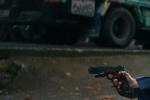 """""""哈利·波特""""大变身 《腰间持枪》发布预告片"""