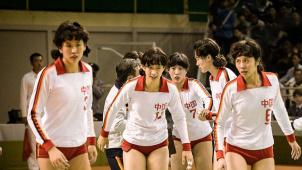《夺冠》片尾曲《生命之河》MV 王菲、那英唱响时代
