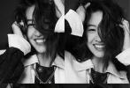 1月20日,日本模特木村光希登《InStyle优家画报》新期封面大片发布。大片从服装、色彩都围绕着红、白、黑三种颜色,视觉冲击力十足。