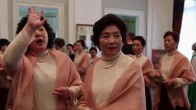 徐峥妈妈参演《囧妈》 为儿子加油助威