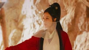 《中国银幕》风云榜之年度风尚 赵薇、周冬雨上榜