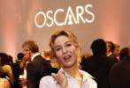 北京時間1月28日,第92屆奧斯卡提名午宴在洛杉磯舉行,眾多電影人齊聚一堂。導演薩姆·門德斯、昆汀·塔倫蒂諾、格蕾塔·葛韋格、塔伊加·維迪提,演員萊昂納多·迪卡普里奧、布拉德·皮特、羅伯特·德尼羅、查理茲·塞隆、蕾妮·齊薇格、喬納森·普萊斯、勞拉·鄧恩、弗洛倫斯·皮尤、辛西婭·艾莉佛等現身。
