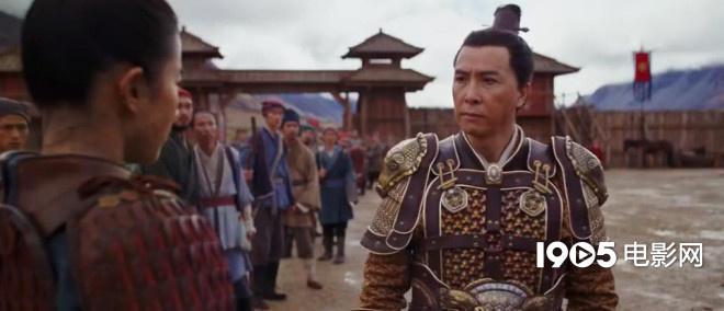 迪士尼真人版《花木兰》发新预告 刘亦菲巩俐对打