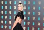 当地时间2月2日,英国伦敦,第73届英国电影学院奖隆重举行,众星亮相红毯星光熠熠。