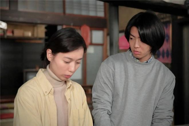 伊藤健太郎出演《绯红》 合作户田惠梨香饰长子