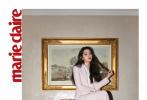 2月14日,《嘉人》为欧阳娜娜拍摄的一组高清写真发布。照片中,名媛范儿十足的娜娜身穿黑色漆皮外套,大波浪黑色卷发尽显半熟魅力。
