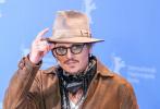 当地时间2月20日,德国柏林,第70届柏林电影节,由约翰尼·德普主演的电影《水俣病》举行记者会。