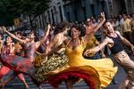 斯皮尔伯格《西区故事》公布剧照 演员街头热舞