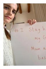 艾玛·沃森晒照呼吁居家抗疫:为了祖母和妈妈