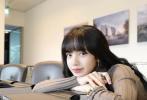"""3月27日是泰国歌手Lisa的22岁生日。她通过个人社交账号晒出一组美照,发文感谢大家的生日祝福:""""真是特别的一天!我很幸运有我的家人,我的成员和粉丝们一直支持我。太爱你们了,照顾好自己。谢谢你们所有可爱的生日祝福和礼物。"""""""