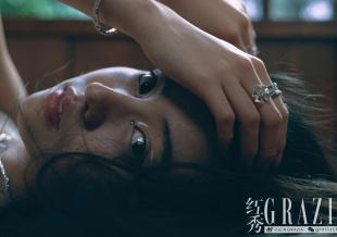 木村光希演绎日式庭院大片 透视长裙秀性感美腿