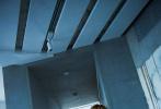 4月3日,鹿晗工作室曝光了一组《ELLEMEN》4月刊拍摄花絮。整组大片鲜明的色彩,洋溢着春日气息。微卷的黄色卷发,配上鹿晗俊逸精致的脸庞,少年感十足。