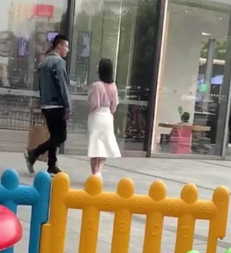潍坊新闻独家:黄景瑜李沁新剧曝路透 甜蜜约会上演最萌身高差 第3张