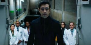 《毒液》主演里兹·阿迈德透露两位家人因新冠去世