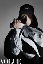 18岁碧梨登中国版VOGUE封面 率性敏感酷劲十足