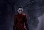 """近日,《星球大戰9:天行者崛起》曝光了一組原始概念圖,黛茜·雷德利飾演的絕地武士""""蕾伊""""雙眼通紅,怒目而視,""""黑化""""造型驚艷。"""