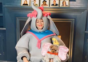 """""""水果姐""""凯蒂·佩里新造型 扮小飞象妈妈Jumbo"""