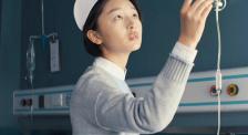 从紧急抢救生命到处理日常琐碎 国际护士节 向最美护士致敬