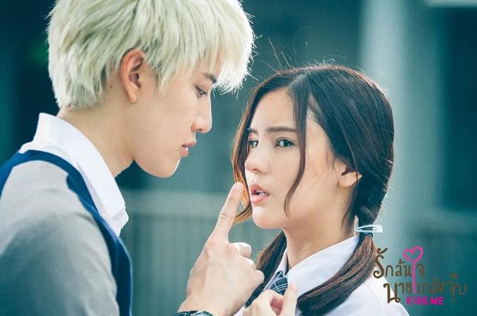 为防止疫情扩散 泰国禁止拍摄吻戏等亲密接触戏份
