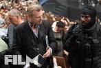 日前,由克里斯托弗·诺兰执导的新片《信条》曝光了一组全新剧照,罗伯特·帕丁森、约翰·大卫·华盛顿和伊丽莎白·德比三大主角齐亮相。