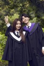 许光汉出演田馥甄MV 学士服造型曝光青春满溢