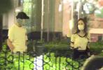 6月10日,有媒体偶遇到了久未露面沉浸在幸福恋情中的彭昱畅。当天,彭昱畅带着一名长相貌美、身材姣好、打扮甜美的美女参加朋友聚餐约会,该女子疑似是其女友。聚餐结束后两人一前一后走出饭店,随后同乘一车离开,看来很是甜蜜!
