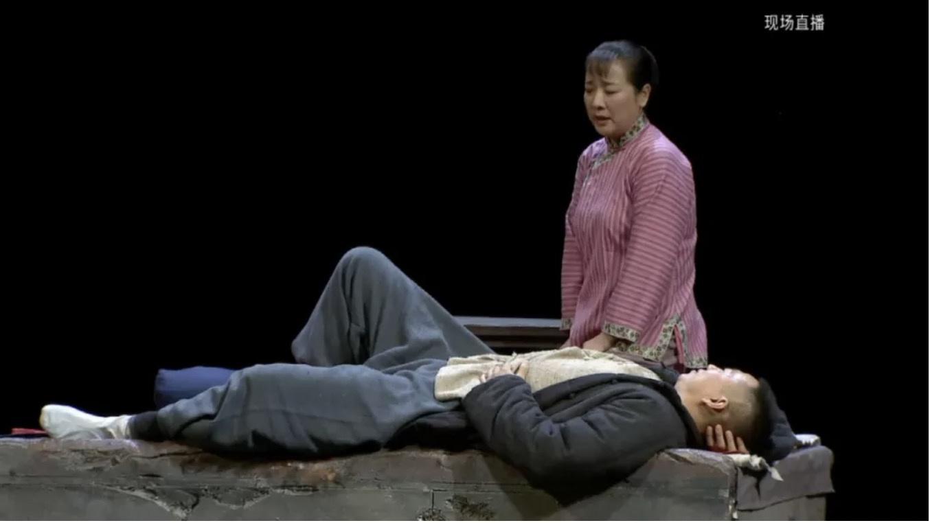 欧博allbet:一场没有台下观众的直播 告诉你演员是怎样炼成的 第1张