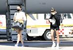 当地时间6月23日,撒丁岛,贾斯汀·比伯的爱妻海莉·比伯和知名超模贝拉·哈迪德在度假。