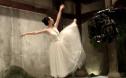 《灰烬重生》李嘉琪饰芭蕾舞者 向世界传递善意