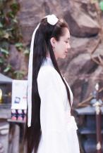 """杨颖""""小龙女""""造型曝光 一袭白衣凸显古典美"""