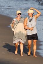 预产期将至!水果姐和奥兰多海滩散步沐浴阳光