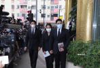 赌王何鸿燊5月26日病世,享年98岁。一连3日的丧礼在香港殡仪馆举行。7月9日,赌王家属、成龙、汪明荃等前往祭奠。