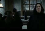 近日,有網友制作了一則電影《哈利·波特》的換頭視頻,截取了電影中西弗勒斯·斯內普的畫面,并換上了沈騰的臉。重新剪輯的片段毫無違和感,簡直就是看原片的效果。