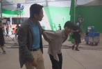 7月12日,邓超在微博分享了一则电影《我和我的家乡》拍摄现场的视频。
