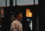 7月16日,电视剧《青簪行》正式杀青,剧方发布杀青特辑。视频中,杨紫女扮男装成书童的样子,模样儒雅清秀。吴亦凡一袭青涩长衫,高束发髻,露出深刻的五官,二人片场对戏欢乐多。