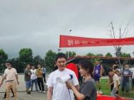 馮紹峰海清合作新劇 42歲的他駝背發福頭發花白