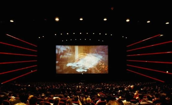"""hg0088:""""影戏院终于""""""""开门了""""!回首影戏中感动人心的瞬间 第36张"""