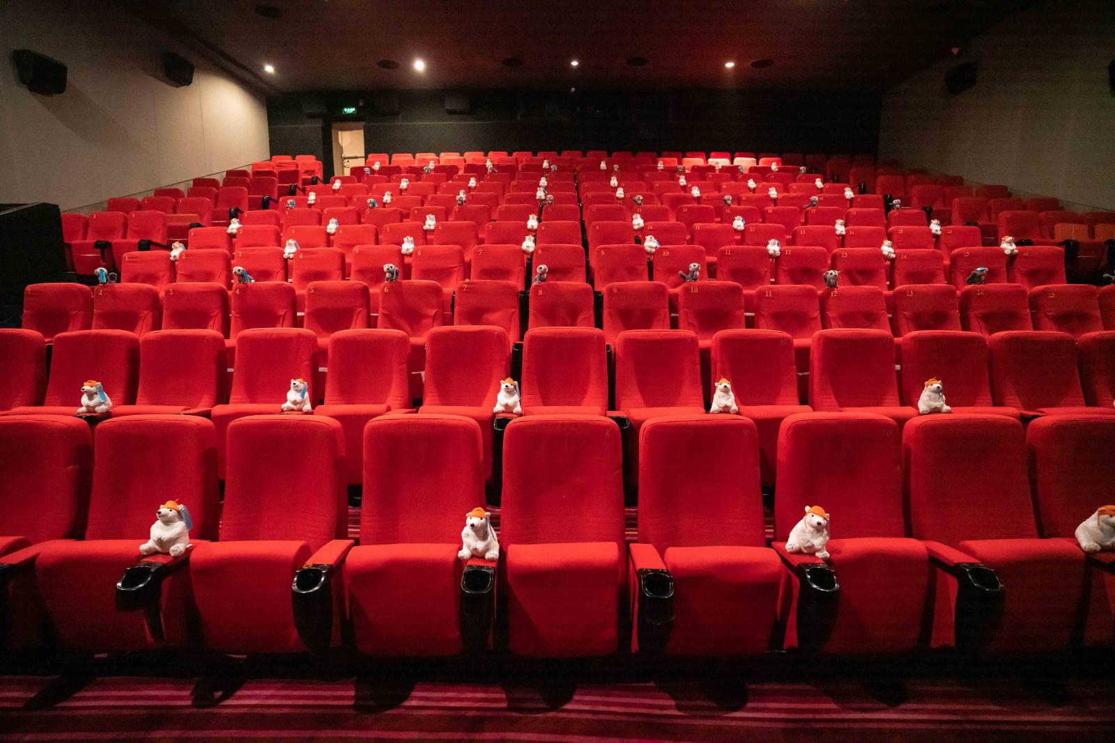 全球影业举行复工后首场观影 《多力特》惊喜上映 第4张