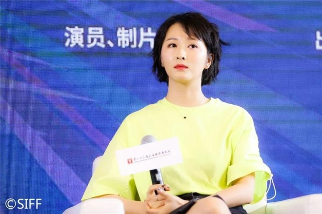 阳江军刀网:上影节青年影戏沙龙举行 黄渤徐峥宋佳交流心得 第7张