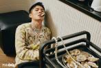 7月31日,刘昊然与《智族GQ》合作拍摄的8月刊封面大片曝光。照片中,刘昊然以各种美食为载体,甜甜圈、冰淇凌、煎蛋、面包等食物结合,造型奇特创意十足,呈现出了属于少年的夏日风情。