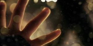 管虎导演《八佰》发布定档海报 将于8月21日上映