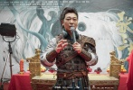 近日,电影《张三丰》在横店举行开机仪式,两位主演吴樾、柳岩以片中造型出席,这也是二人首次携手亮相网络影视。