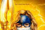 """近日,美国CW电视台发布旗下DC宇宙角色的海报,闪电侠、超女、超人、黑闪电、甚至可爱的小Beebo都戴上了口罩,并以标语""""真正的英雄戴口罩""""呼吁大家在疫情期间一起响应戴口罩。"""