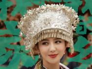 《我和我的家乡》曝陈思诚单元角色海报 佟丽娅彭昱畅加盟